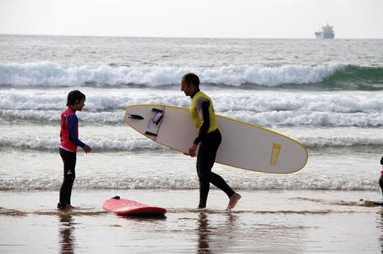Escuela-de-Surf-en-Cantabria